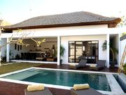 villa from pool view